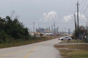Δέκα άνθρωποι στο νοσοκομείο μετά τις εκρήξεις στο εργοστάσιο χημικών στο Τέξας