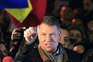 Έσπασε ταμεία η αυτοβιογραφία του προέδρου της Ρουμανίας