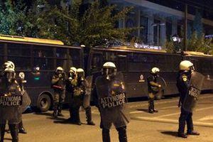 Καταγγελίες για τραυματισμούς δημοσιογράφων από αστυνομικούς στα Εξάρχεια