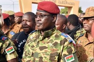 Ένας αξιωματικός του στρατού στα ινία της Μπουργκίνα Φάσο