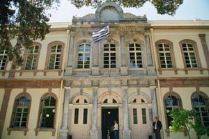 Ξύλο και μπουνιές στα δικαστήρια Ηρακλείου