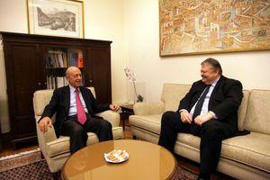 Τετ α τετ Σημίτη και Βενιζέλου για Μακρόν, χρέος, Eurogroup