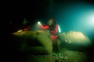 Φωτογραφίες από τη «βυθισμένη πόλη» Θώνις-Ηράκλειο