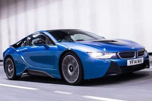 Υβριδικά plug-in τα νέα μοντέλα της BMW