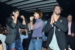 Γιώργος Τσαλίκης & Πάνος Καλίδης υποδέχτηκαν την Κωνσταντίνα στο Central live Clubbing!