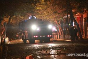 Με 296 προσαγωγές και 43 συλλήψεις έκλεισαν τα επεισόδια