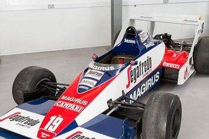 Πωλείται η πρώτη Formula 1 του Σένα