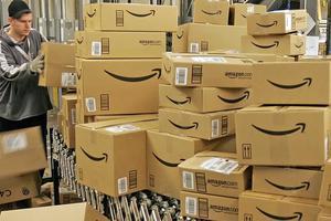 Απεργούν οι εργαζόμενοι της Amazon στη Γερμανία