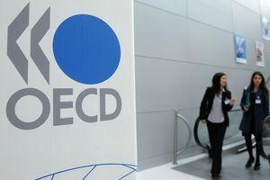 Ρυθμούς ανάπτυξης 2% της ελληνικής οικονομίας «βλέπει» ο ΟΟΣΑ