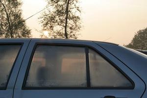 Το κόλπο για να μην θολώνουν τα τζάμια του αυτοκινήτου