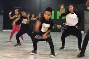 Ο 8χρονος γκουρού του χορού