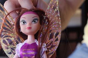 Αυτή είναι η πρώτη τρανσέξουαλ… παιδική κούκλα