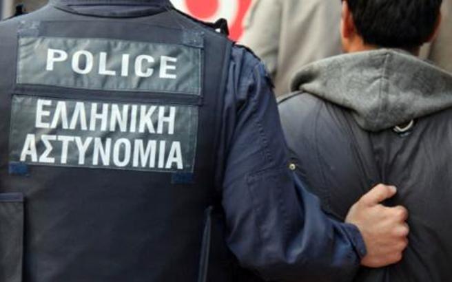 Στο στόχαστρο των «Αδιάφθορων» δυο αστυνομικοί και ένας δημοτικός υπάλληλος