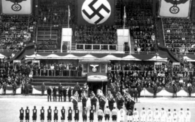 Οι ολλανδικοί σιδηρόδρομοι θα αποζημιώσουν τους Εβραίους που μεταφέρθηκαν με τρένα σε ναζιστικά στρατόπεδα