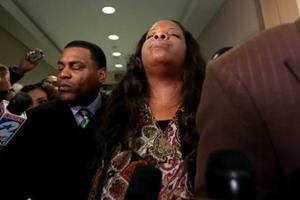 «Όχι» σε διώξεις σε αστυνομικό που είχε σκοτώσει άοπλο μαύρο στο Χιούστον