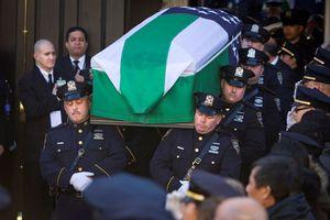Κηδεύτηκε ο δολοφονημένος αστυνομικός στη Νέα Υόρκη