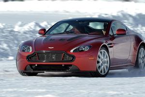 Η Aston Martin στους πάγους