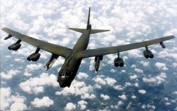 Οι ΗΠΑ διαψεύδουν ύψιστο συναγερμό στα βομβαρδιστικά Β-52