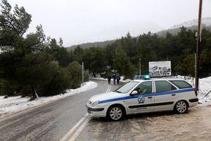Διακοπή της κυκλοφορίας στη Πάρνηθος