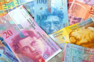 Δικαιώνονται οι δανειολήπτες σε ελβετικό φράγκο