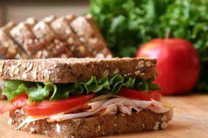 Οι περιπέτειες ενός άντρα όταν το αγαπημένο του σάντουιτς εξαντλήθηκε από τα καταστήματα