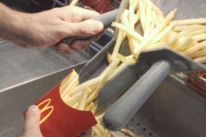 Πώς φτιάχνονται οι τηγανητές πατάτες των McDonalds