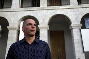 Από Ρώμη και Παρίσι ξεκινά ο Βαρουφάκης τη διαπραγμάτευση