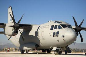 Δίδυμα αγοράκια 5 ωρών χρειάστηκαν αερομεταφορά από την Πολεμική Αεροπορία