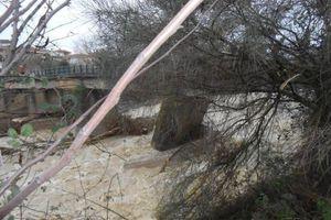 Εφικτή η αποκατάσταση της γέφυρας στην Πλάκα