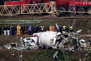 Από λάθος του πιλότου έπεσε το αεροσκάφος της TransAsia