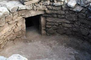Ασύλητος μυκηναϊκός τάφος σκέτο κόσμημα