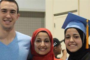 Σκότωσε τρεις μουσουλμάνους φοιτητές στη Β. Καρολίνα