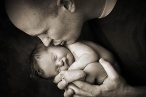 Γονείς αποχαιρετούν τα μωρά τους για πάντα