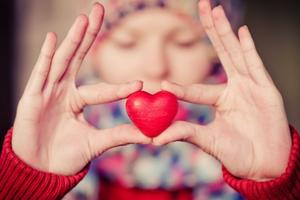 Η οικονομική κρίση «χτυπάει» την καρδιά