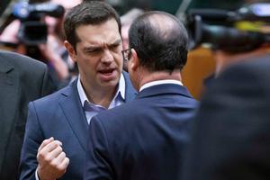 Στήνει... υπουργικό ο Ολάντ στην Αθήνα με το βλέμμα στα «ασημικά»