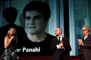 Χρυσή Άρκτος για το «Taxi» του Τζαφάρ Παναχί