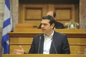 Οι μισοί βουλευτές δε χειροκρότησαν την επιλογή Παυλόπουλου