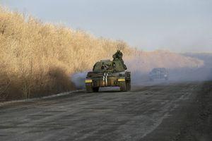 Σχοινοβατεί και πάλι η εκεχειρία στην ανατολική Ουκρανία