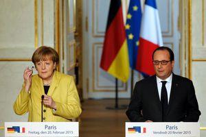 «Μέρκελ και Ολαντ σκοντάφτουν στην αδιαλλαξία του ΔΝΤ»