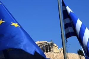 Παράταση του ελληνικού προγράμματος ως το φθινόπωρο εξετάζει η ΕΕ