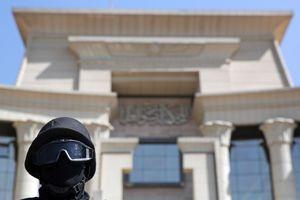 Αιματηρή έκρηξη κοντά στο Ανώτατο Δικαστήριο της Αιγύπτου