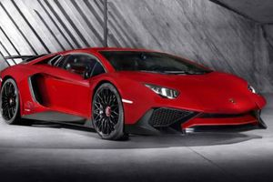 Με 750 ίππους η νέα Lamborghini Aventador Superveloce