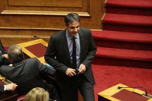 Ερώτηση Μητσοτάκη στη Βουλή για την αναθεώρηση του ΕΣΔΑ