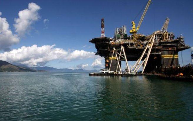 Εκκενώθηκαν εξέδρες εξόρυξης πετρελαίου στον Κόλπο του Μεξικού