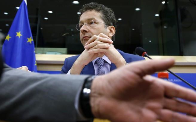 Ντάισελμπλουμ: Με το ευρώ, οι Έλληνες έζησαν πάνω από τις δυνάμεις τους