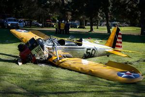 Δείτε φωτογραφίες από το αεροπλάνο του Χάρισον Φορντ που συνετρίβη