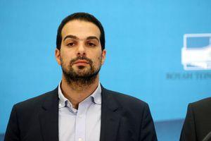 «Κανένα ζήτημα με Βαρουφάκη, η κυβέρνηση τον εμπιστεύεται»