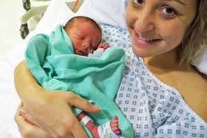 Οι «πόνοι της γέννας» αποδείχθηκαν τελικά καρκίνος του εντέρου...