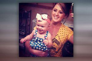 Μωρό επέζησε 12 ώρες δίπλα στη νεκρή μητέρα του