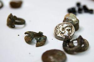 Θησαυρός από την εποχή του Μ. Αλεξάνδρου σε σπήλαιο στο Ισραήλ